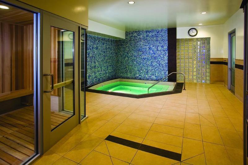 Pool Renaissance Clubsport Aliso Viejo