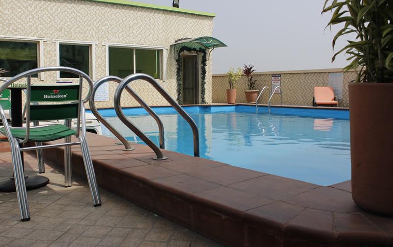 Pool Westown Hotel