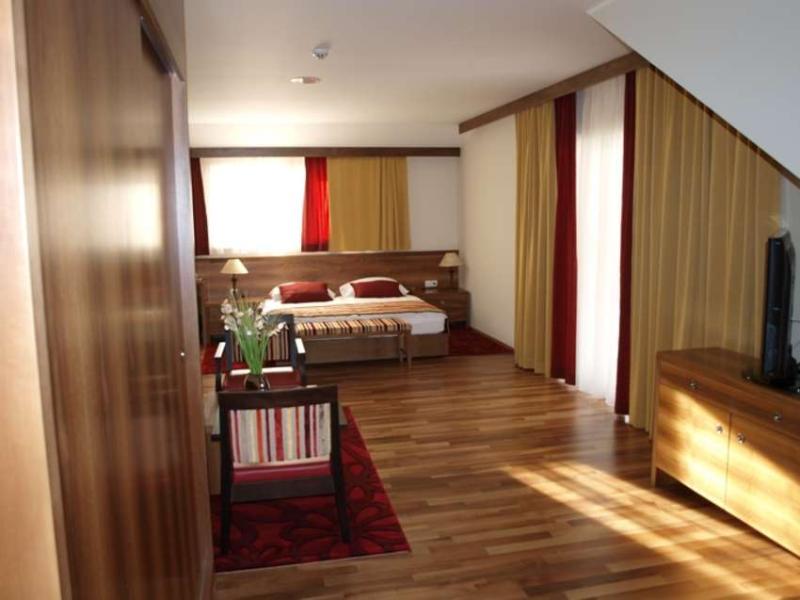 Room Hotel Mangart
