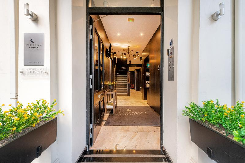General view Claverley Court Apartment Knightsbridge