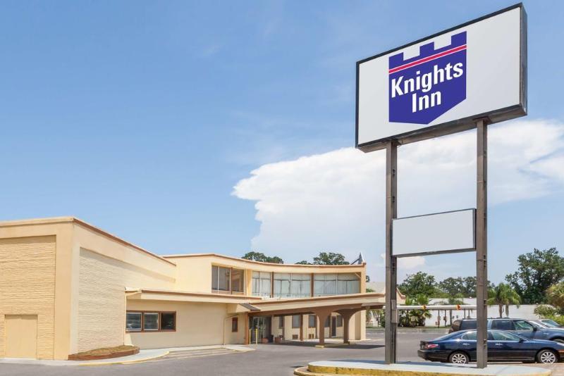 General view Knights Inn Metairie