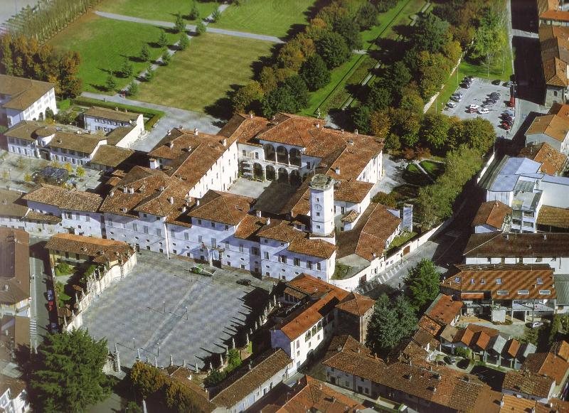 General view Ih Hotels Parco Borromeo Monza Brianza