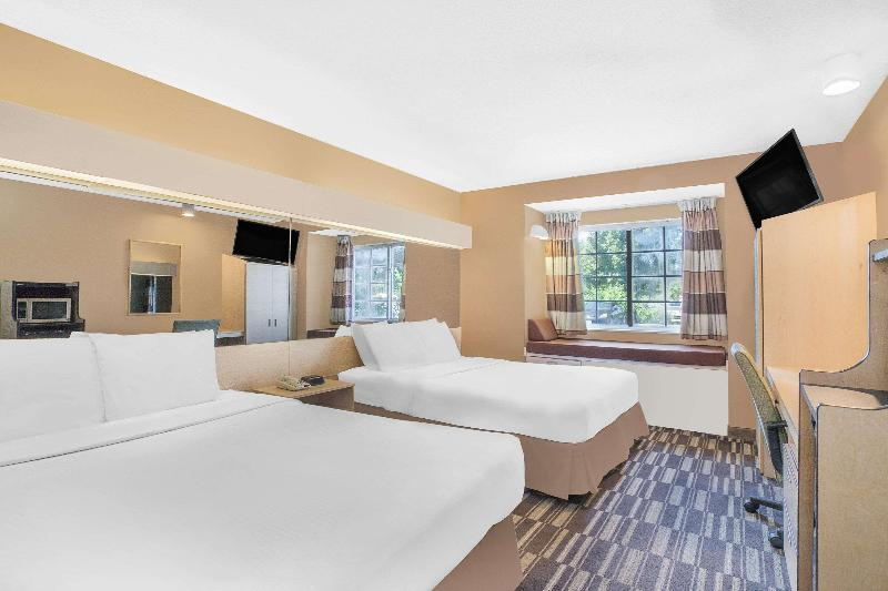 Room Microtel Inn & Suites By Wyndham Salisbury