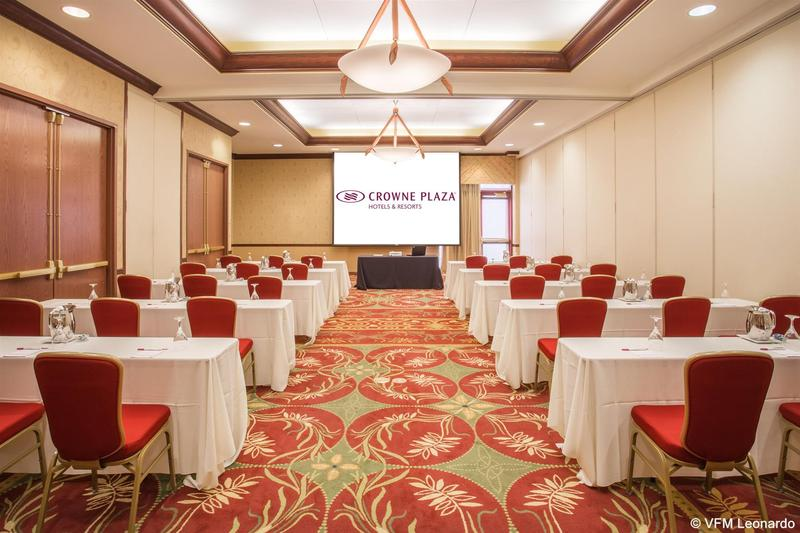 Conferences Crowne Plaza Milwaukee West