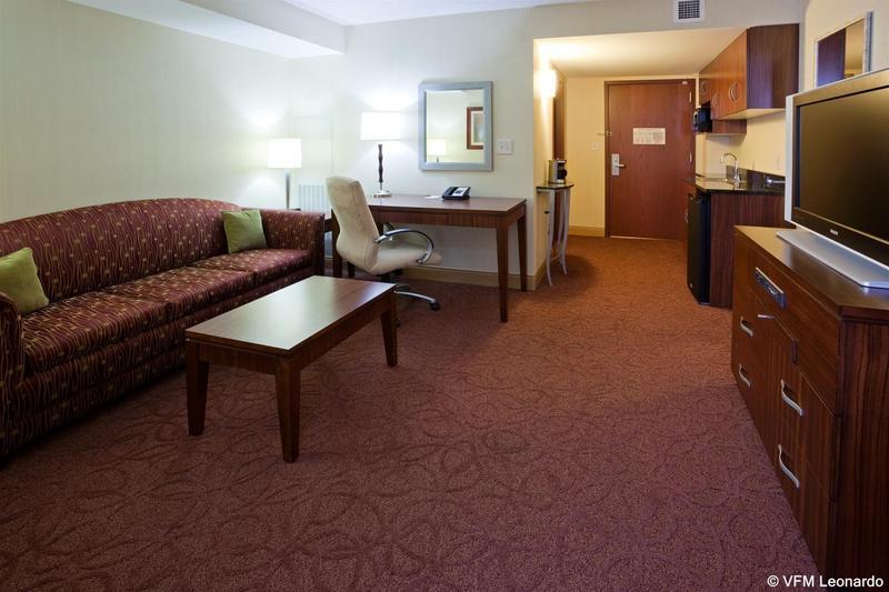 Room Crowne Plaza Milwaukee West