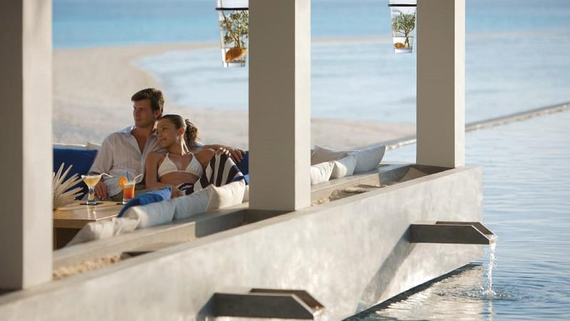 Four Seasons Resort Maldives at Landaa Giraavaru - Bar - 2