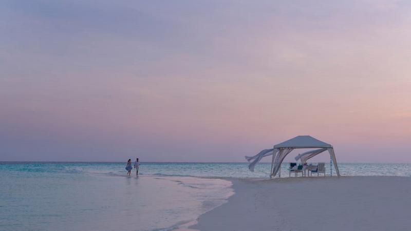 Four Seasons Resort Maldives at Landaa Giraavaru - Restaurant - 9