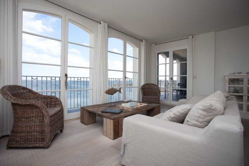 Room Port Rive Gauche