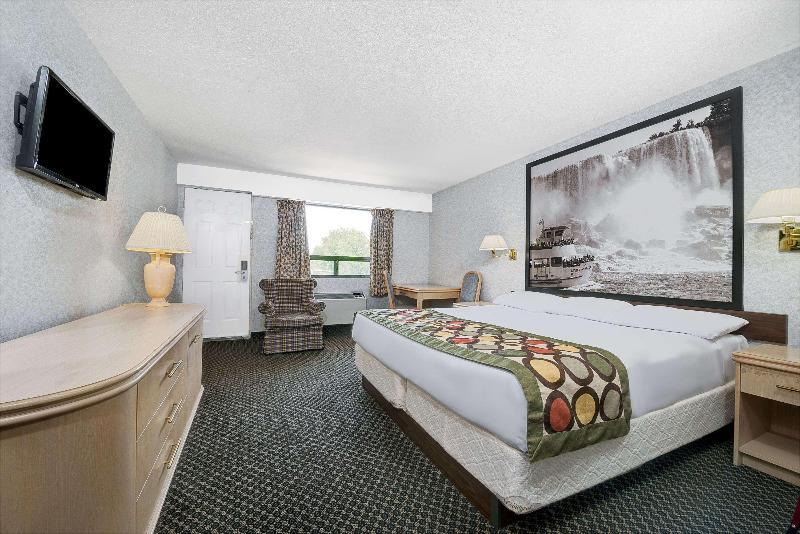 Room Super 8 By Wyndham Niagara Falls North