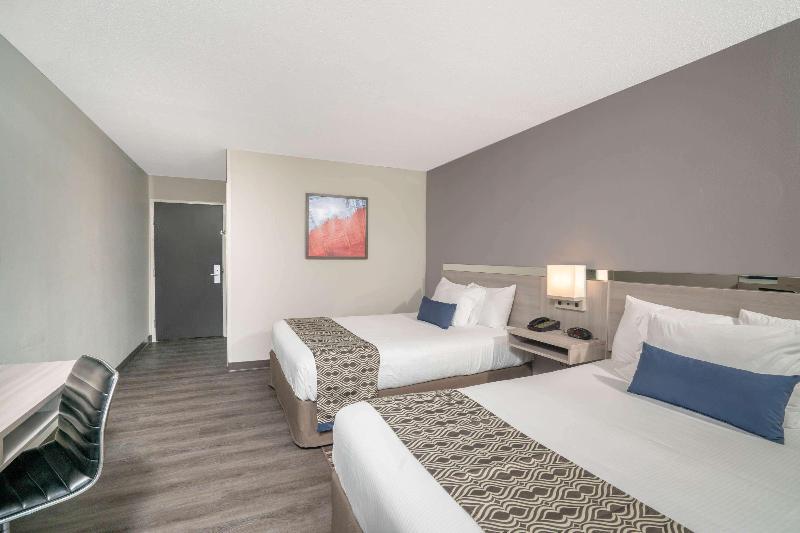 Room Microtel Inn & Suites By Wyndham Nashville