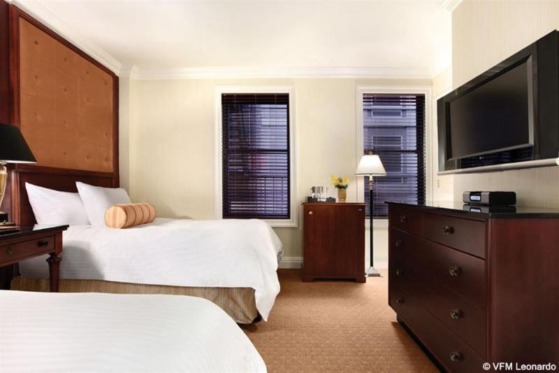 Room Iroquois
