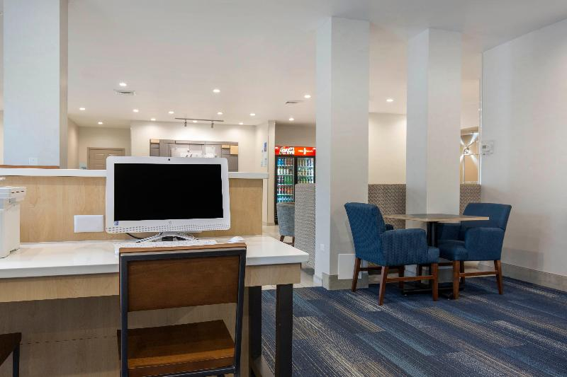Conferences Holiday Inn Express & Suites Chicago West - St Cha