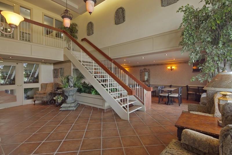 Lobby Stay Inn
