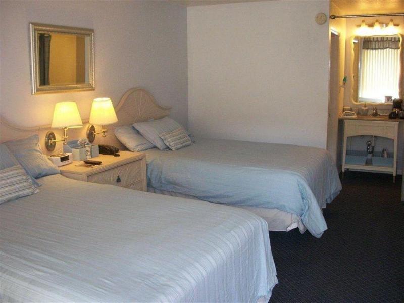 General view Golden Palms Inn & Suites