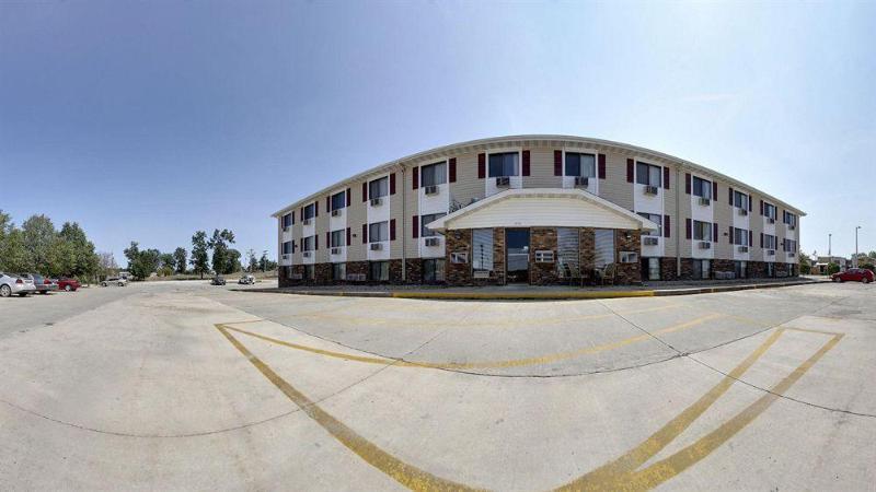 General view Super 8 By Wyndham Kirksville