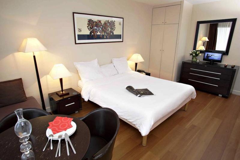 Room Adagio Access Paris Eiffel
