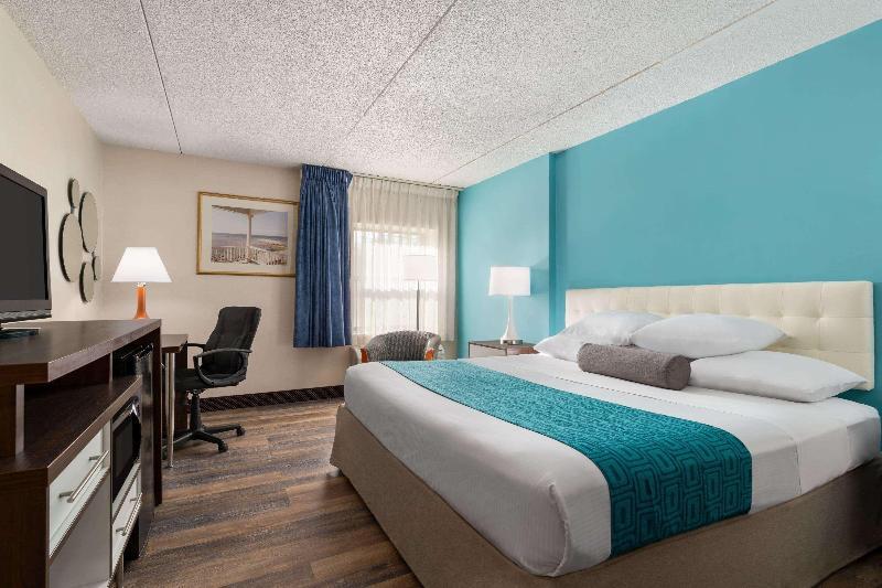 Room Howard Johnson Hotel By Wyndham South Portland