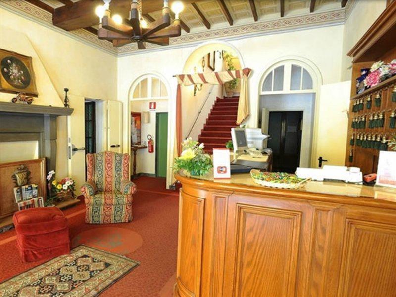 VILLA KINZICA HOTEL - Hotel - 1