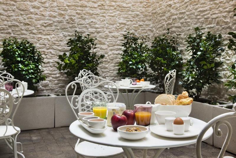 Céleste Hôtel à Paris - Restaurant - 2