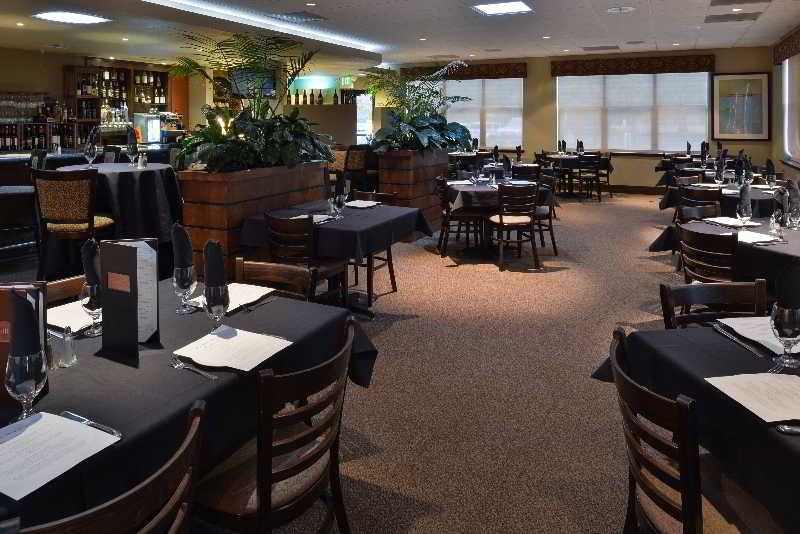 Restaurant Gaia Hotel & Spa Redding, An Ascend Hotel