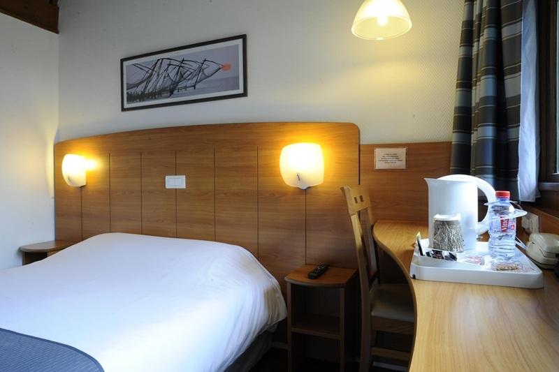 Room Reims Est - Parc Des Expositions