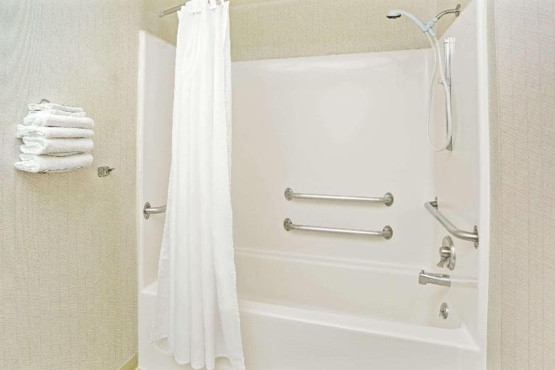 Room Microtel Inn & Suites By Wyndham Raleigh Durham A
