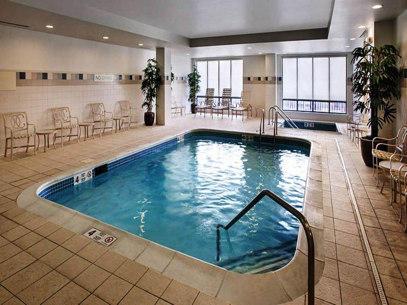 Courtyard Saratoga Springs - Pool - 2