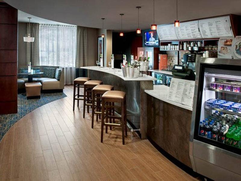 Courtyard Saratoga Springs - Restaurant - 5