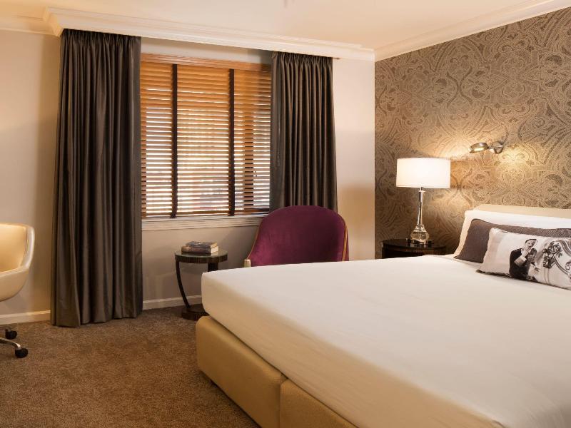 Room Hotel De Anza