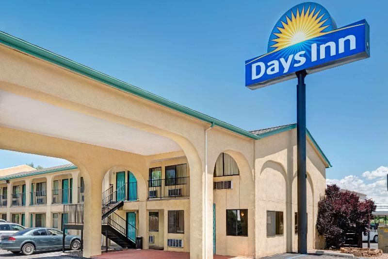 General view Days Inn By Wyndham Espanola