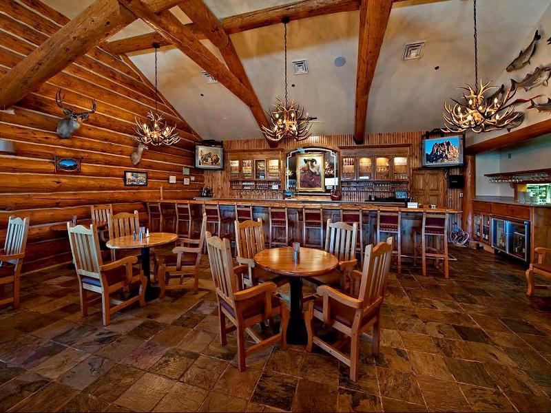 Bar Majestic View Lodge