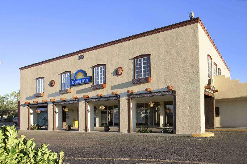 General view Days Inn By Wyndham Santa Fe New Mexico