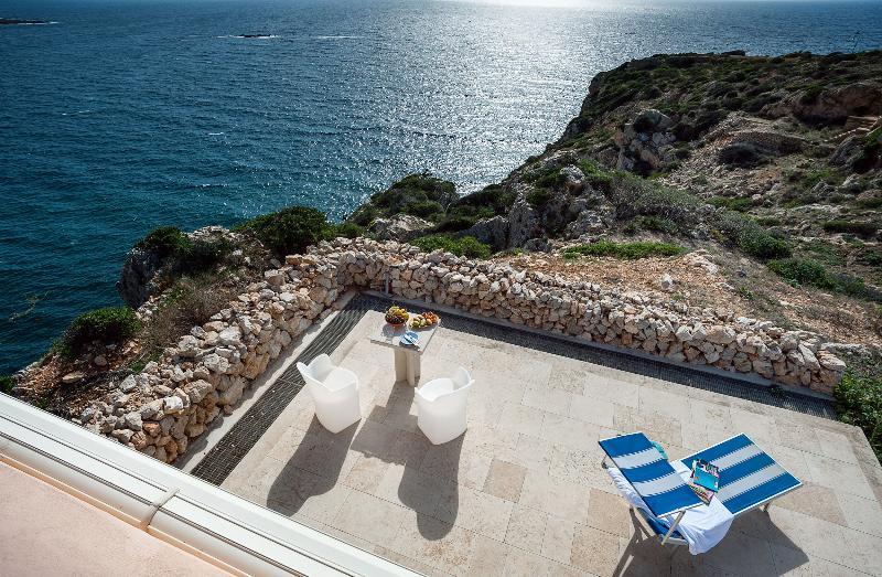 Terrace Nido Del Pellegrino