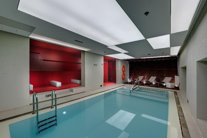 72 By Hues Hotel Sharjah - Pool - 14