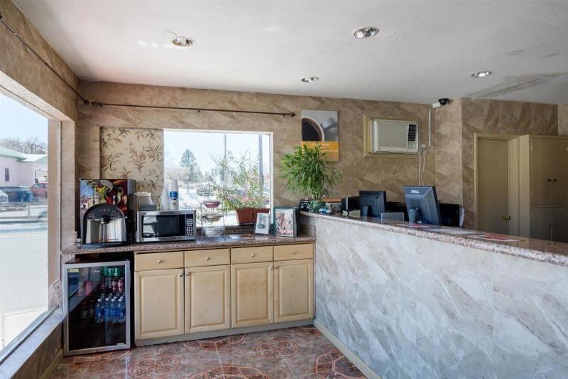 General view Motel 6 Santa Fe Plaza - Downtown 4573