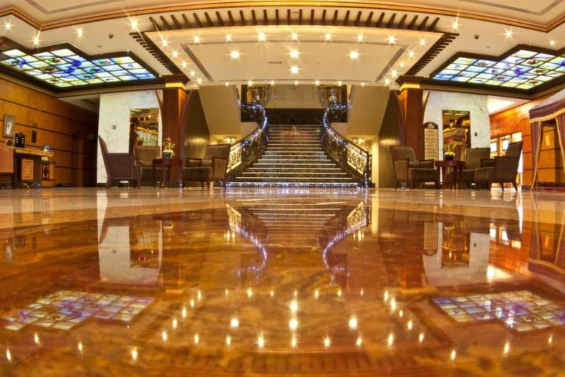 Lobby Royal Beach Resort & Spa