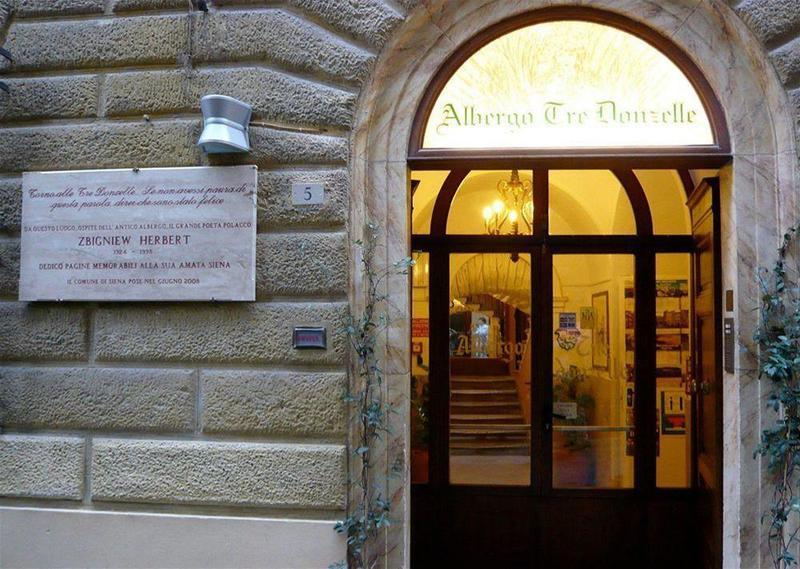 General view Albergo Tre Donzelle