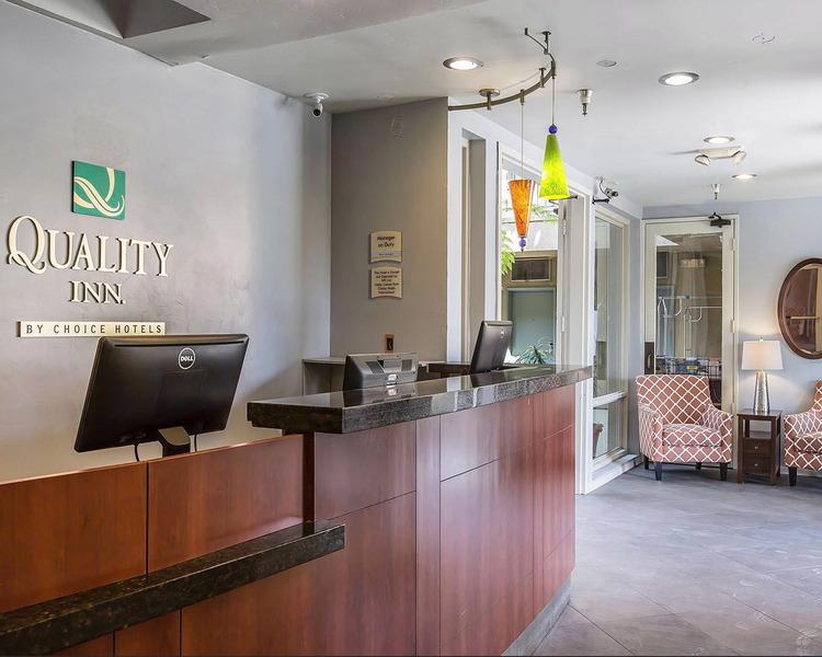 Lobby Quality Inn San Diego Downtown North