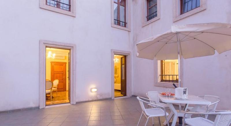Terrace Mariano Iv Palace
