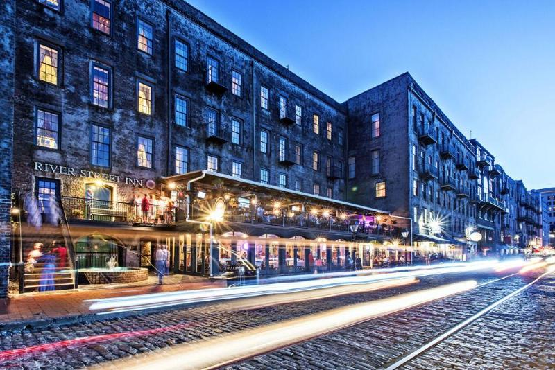 General view River Street Inn