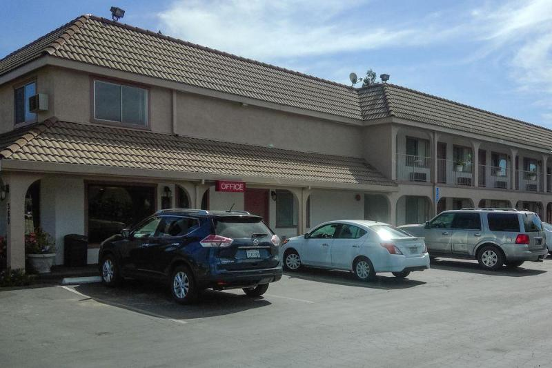 General view Ramada Limited Gilroy