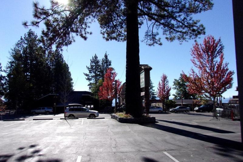 General view Tahoe City Inn