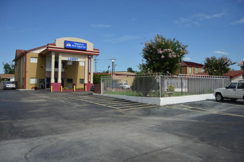 General view Americas Best Value Inn - Tulsa West (i-44)