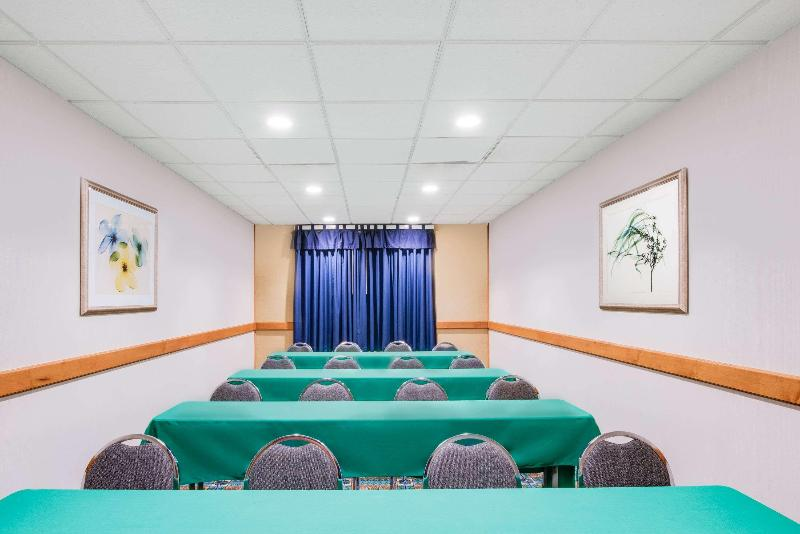 Conferences Wingate By Wyndham York