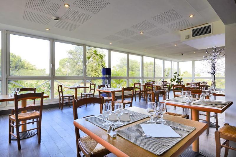 Restaurant Kyriad Frejus Centre - Saint Raphael