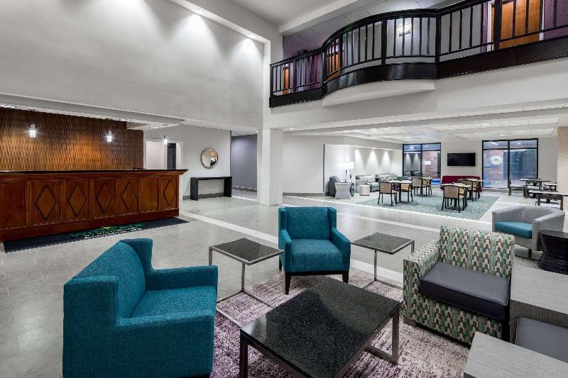 Lobby Wingate By Wyndham Columbus