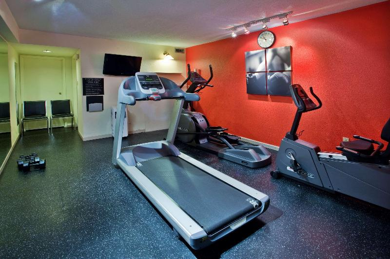 Sports and Entertainment Country Inn & Suites By Radisson, Saskatoon, Sk
