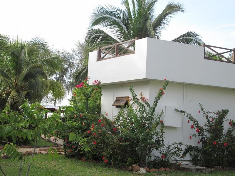 General view Flame Tree Cottages