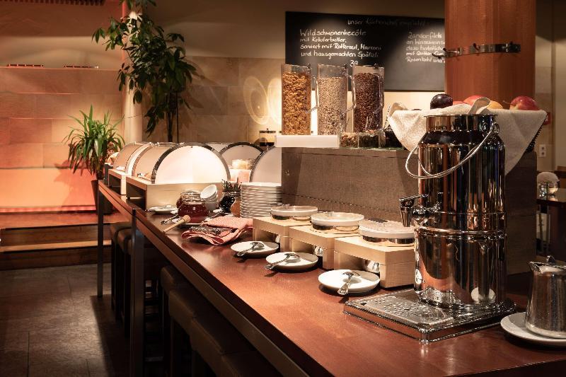 Best Western Spirgarten Hotel - Restaurant - 11