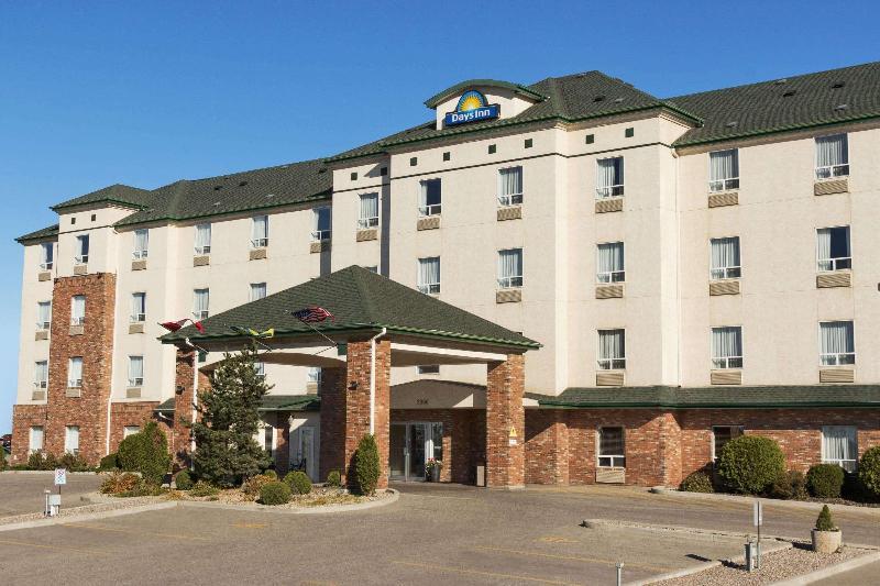 General view Days Inn By Wyndham Saskatoon